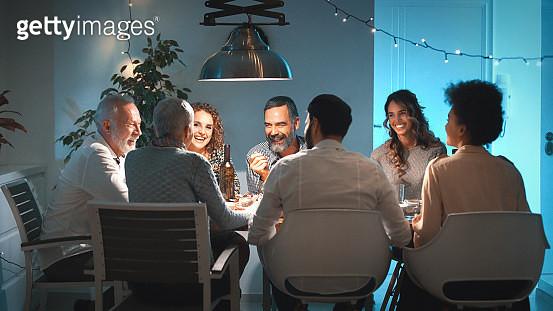 Family having dinner on Christmas eve. - gettyimageskorea
