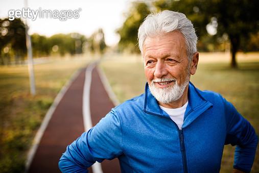 Portrait of a smiling senior man. - gettyimageskorea