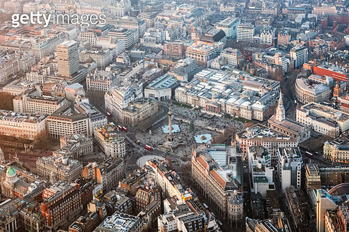Aerial view of Trafalgar square at sunset, London, United Kingdom - gettyimageskorea