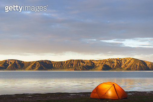 Tent pitched on lakeshore, Yushu, Qinghai, China - gettyimageskorea