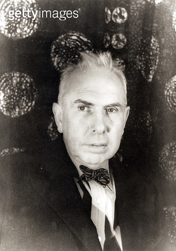 <b>Title</b> : Theodore Dreiser (1871-1945) 8th November 1933 (gelatin silver print)<br><b>Medium</b> : <br><b>Location</b> : Library of Congress, Washington D.C., USA<br> - gettyimageskorea