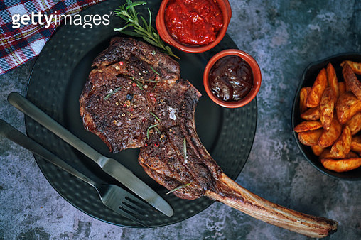 Tomahawk Steak with Country Potatoes - gettyimageskorea