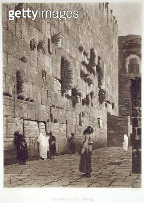 <b>Title</b> : Solomon's Wall, from 'A Collection of the Works of Jean-Leon Gerome in 100 Photogravures', 1881 (photogravure)Additional Inforem<br><b>Medium</b> : photogravure<br><b>Location</b> : Dahesh Museum of Art, New York, USA<br> - gettyimageskorea