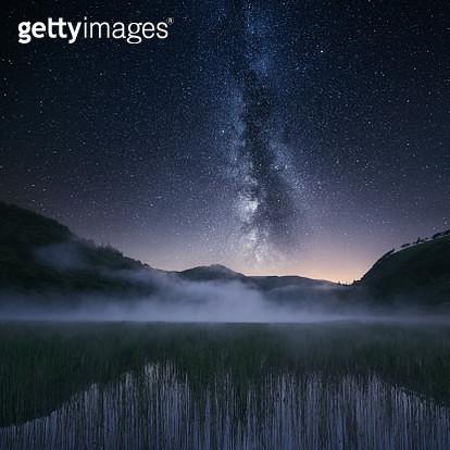 Rural landscape and night sky, Wicklow, Ireland - gettyimageskorea