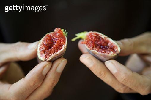 Ripe fig - gettyimageskorea
