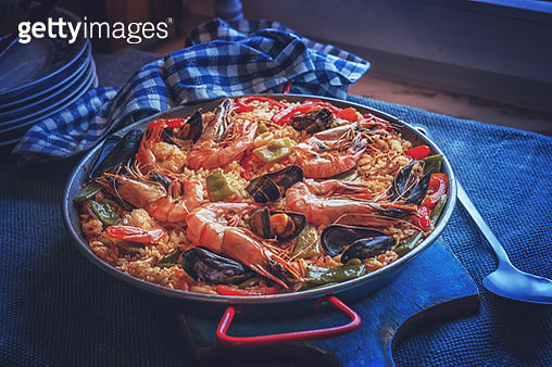 Spanish Seafood Paella with Shrimps, Green Beans, and Paprika - gettyimageskorea
