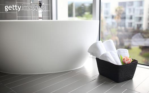 욕실, 목욕, 수건 - gettyimageskorea