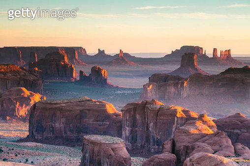 Hunt's Mesa, Monument Valley, Arizona, USA - gettyimageskorea