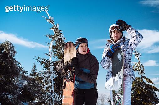 Beautiful couple on winter holiday - gettyimageskorea