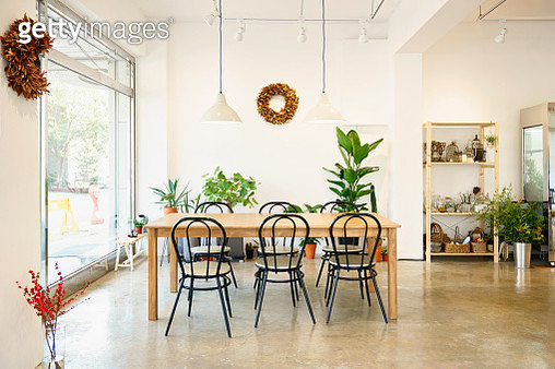 Interior of a modern flower arrangement shop - gettyimageskorea