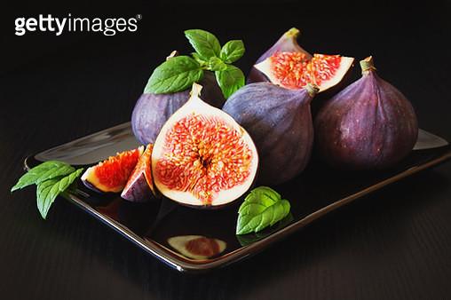 figs in a plate - gettyimageskorea