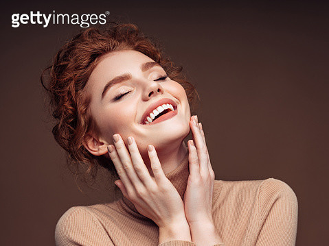 Beautiful woman with curly hairstyle - gettyimageskorea