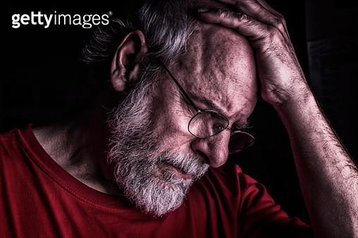 Distraught Senior Adult Man Holding Head - gettyimageskorea