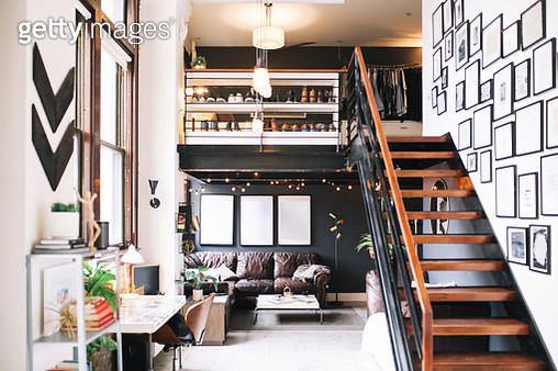 Cozy loft apartment interior in Downtown Los Angeles - gettyimageskorea