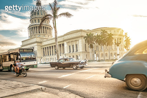 old  american cars in front of Capitol in Havanna - gettyimageskorea