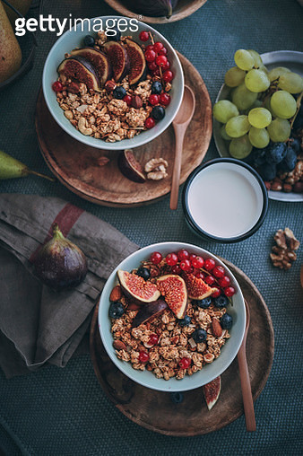 Healthy Muesli with Fresh Figs, Blueberries and Redcurrants for Breakfast - gettyimageskorea