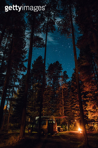 Canada, British Columbia, Kitwanga, Camping at night - gettyimageskorea