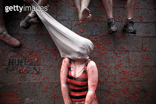 Still photo of a female who took part in Tomatina 2001, Buñol, Valencia, one of the most important fiesta in Spain - gettyimageskorea