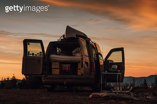 Canada, British Columbia, packed van - gettyimageskorea