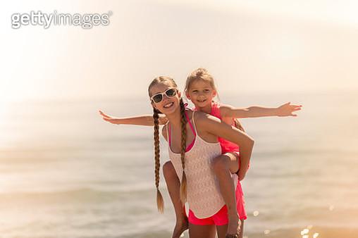 Girls having Fun at the Beach. - gettyimageskorea