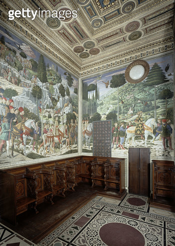 <b>Title</b> : The Procession of the Magi, 1459-60 (fresco)Additional Infocommissioned by Piero di Cosimo; cortege de Gaspard et de Balthazar;<br><b>Medium</b> : <br><b>Location</b> : Palazzo Medici-Riccardi, Florence, Italy<br> - gettyimageskorea