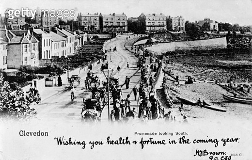 View of the promenade (looking south), Clevedon, Somerset. - gettyimageskorea