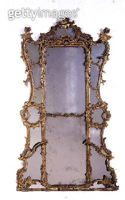 <b>Title</b> : Carved giltwood mirror, mid 18th century<br><b>Medium</b> : <br><b>Location</b> : Private Collection<br> - gettyimageskorea
