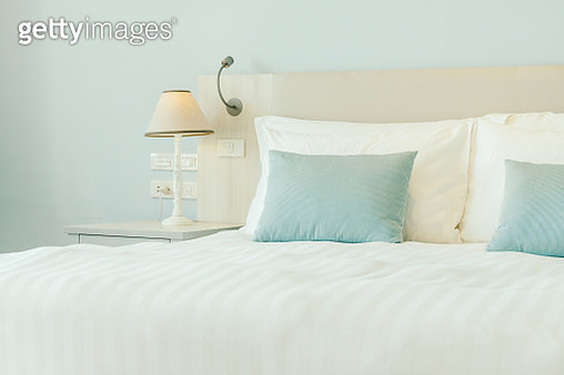 Pillows On Bed In Bedroom At Home - gettyimageskorea