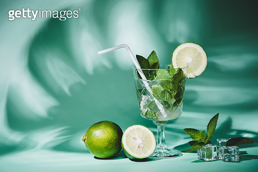 cocktail mojito with fresh ingredients - gettyimageskorea