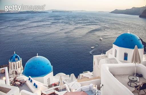 The Blue Church Domes of Oia, Santorini - gettyimageskorea