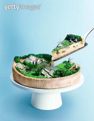 pie, slice, dutch, holland, netherlands, crust, platter, quiche, windmill, studio, blue background - gettyimageskorea