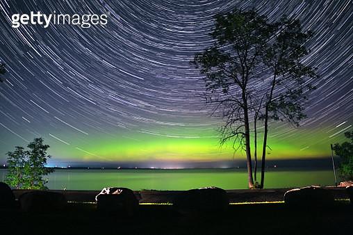 Aurora and Star Trails - gettyimageskorea