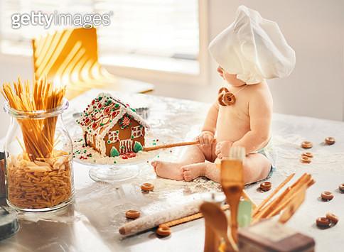 Holiday baking - gettyimageskorea