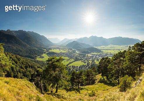 Bayerische Alpen - Garmisch Partenkirchen - gettyimageskorea