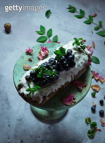Fruit cake with fresh mints - gettyimageskorea