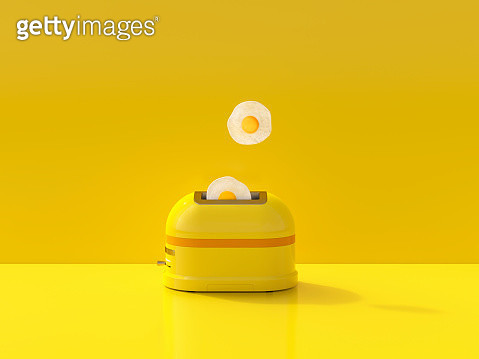 Fried eggs jump out of the toaster - gettyimageskorea