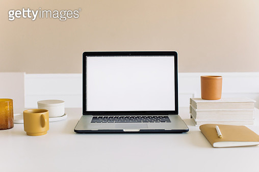 Coffee Cup On Table - gettyimageskorea