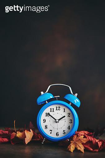 Daylight Savings Time. Clocks Fall Back - gettyimageskorea