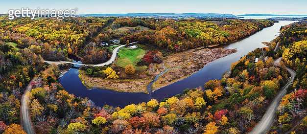 Aerial panoramic view of the Acacia River Valley in mid October colours. - gettyimageskorea