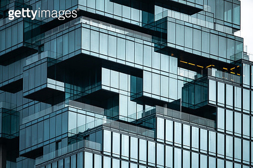 Structural glass facade curving roof of fantastic office building. Modern and Contemporary architectural fiction with glass steel column.Abstract architecture fragment. - gettyimageskorea