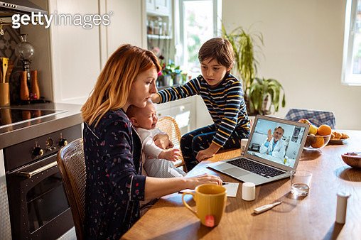 Online Consultation with the Doctor - gettyimageskorea