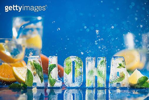Lemonade lettering: Aloha! - gettyimageskorea