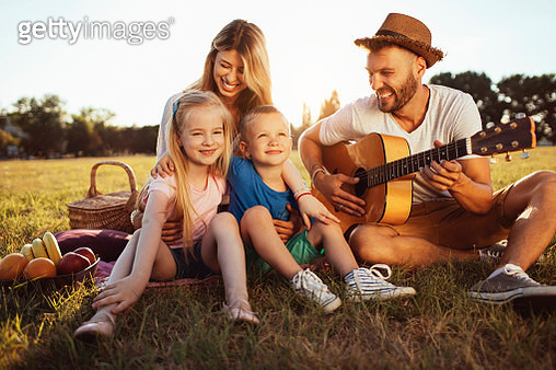 Family time - gettyimageskorea