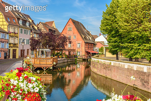 View Of Canal Along Buildings - gettyimageskorea