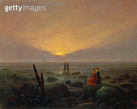 <b>Title</b> : Moon Rising Over the Sea, 1821  (oil on canvas)<br><b>Medium</b> : oil on canvas<br><b>Location</b> : Hermitage, St. Petersburg, Russia<br> - gettyimageskorea