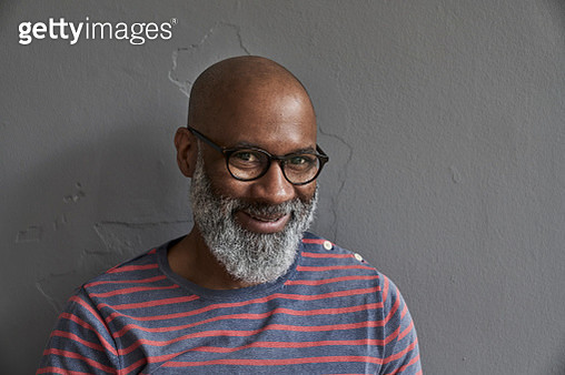 Mature man smiling, portrait - gettyimageskorea