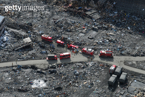Aerial view of the Japanese Ground Self-Defense Force and disaster relief crews - gettyimageskorea