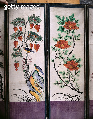 <b>Title</b> : Two panels of an eight fold screen depicting birds and flowers (natural pigments on paper)<br><b>Medium</b> : natural pigments on paper<br><b>Location</b> : Gahoe Museum, Jongno-gu, South Korea<br> - gettyimageskorea