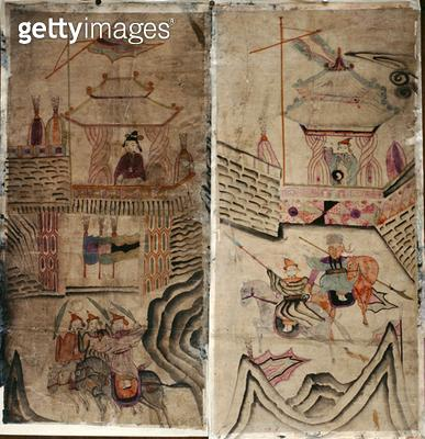 <b>Title</b> : Two panels of an eight fold screen depicting 'A Story of Three Kingdoms' (natural pigments on paper)<br><b>Medium</b> : natural pigments on paper<br><b>Location</b> : Private Collection<br> - gettyimageskorea