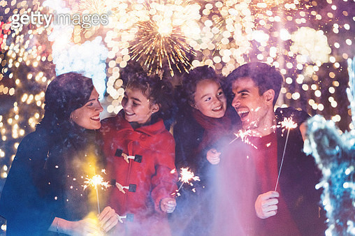Happy family celebrating Christmas - gettyimageskorea